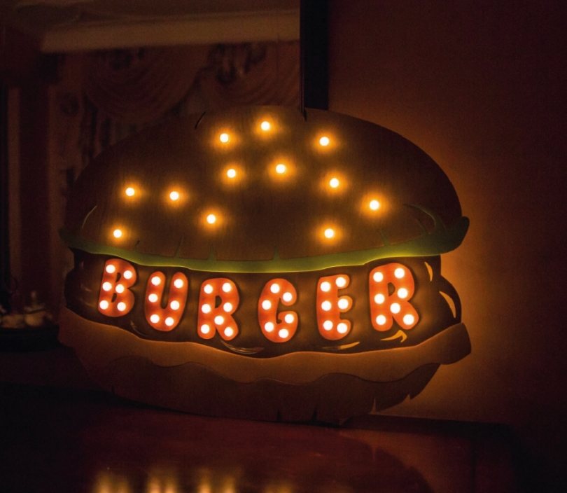 Burger Sign Wall Lamp